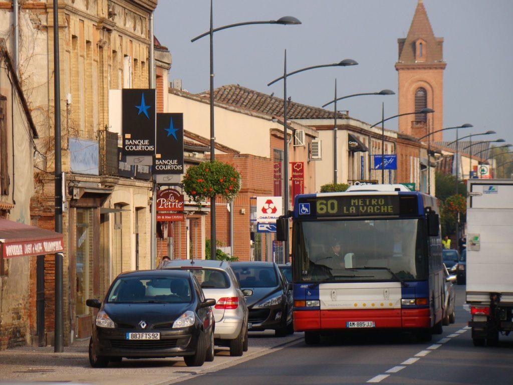 Bus sur la route de Fronton