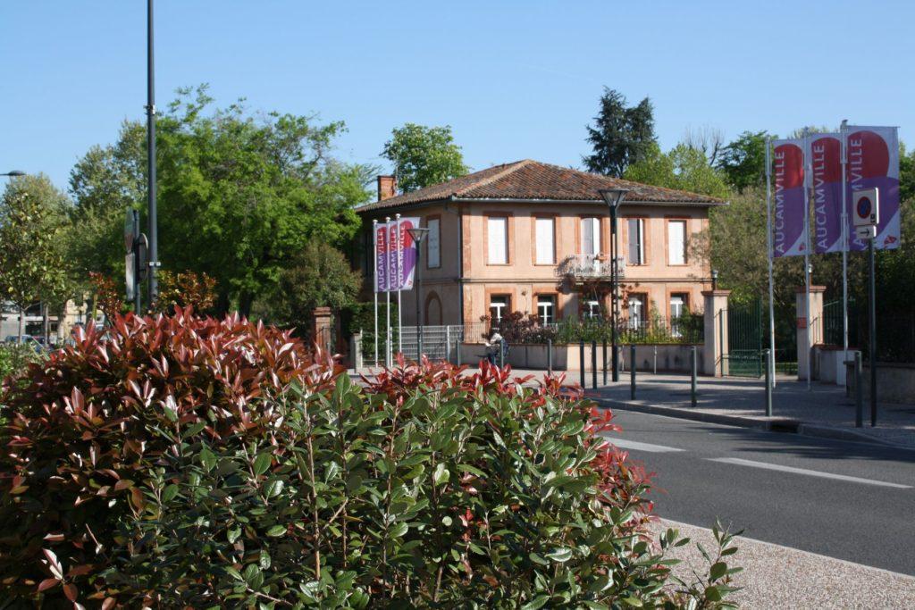 Route de Fronton entrée du parc municipal