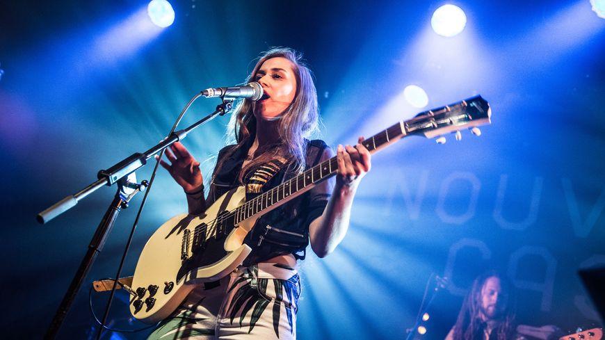 Concert Nina Attal (funk-rock) : une bête de scène qui va vous séduire !
